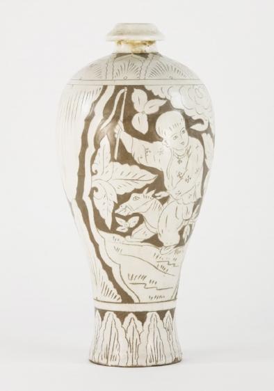 A Yuan Dynasty 'Cizhou' Sgraffito Meiping Vase, c.1279–1368 A.D., 36cm Est AUD2,000–4,000