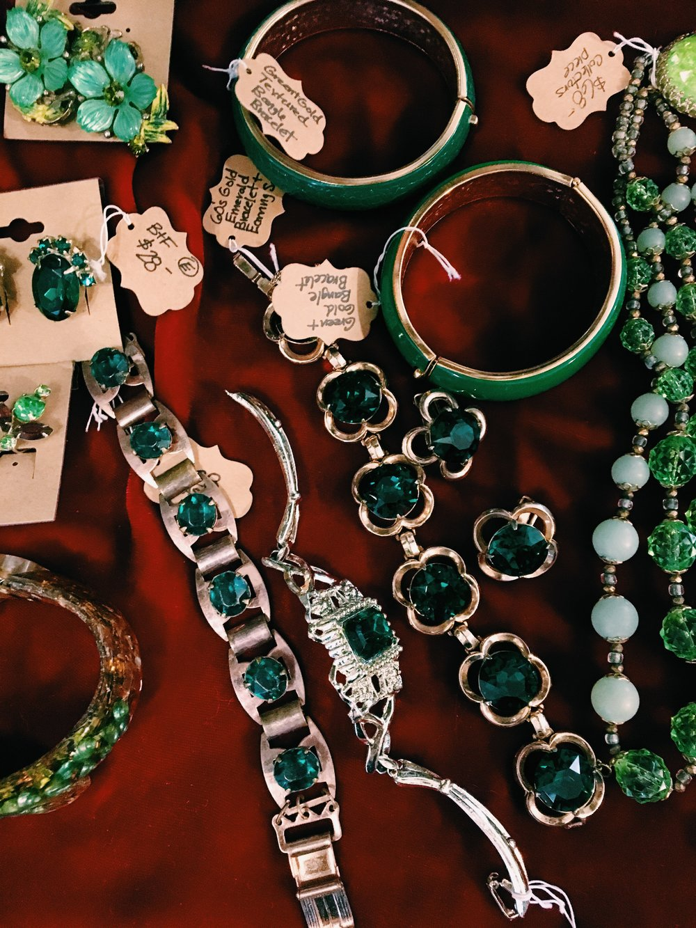 Green is one of the biggest trends of 2019, and what better way to rock it than in a gorgeous vintage jewelry piece?! Stop by Bloomers & Frocks boutique at Le Garage Sale to shop for your favorite vintage gem.