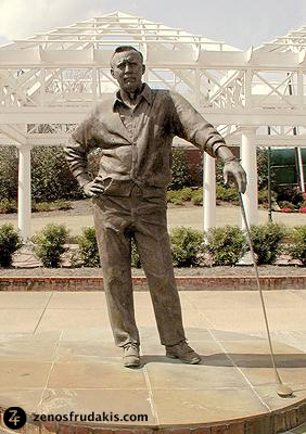 Arnold Palmer, portrait sculpture