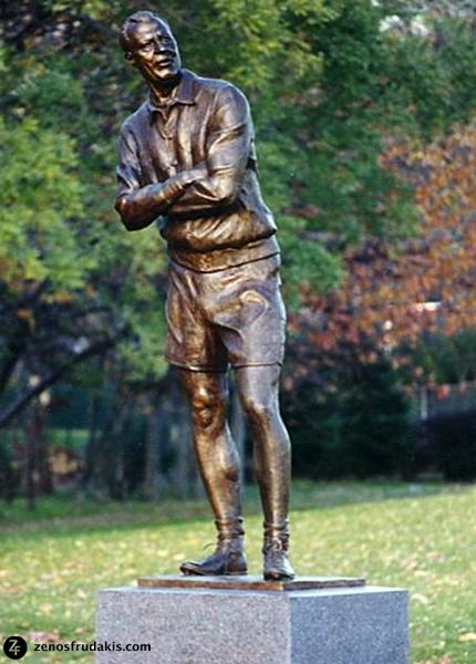Coach Fritz Brennan, public sculpture