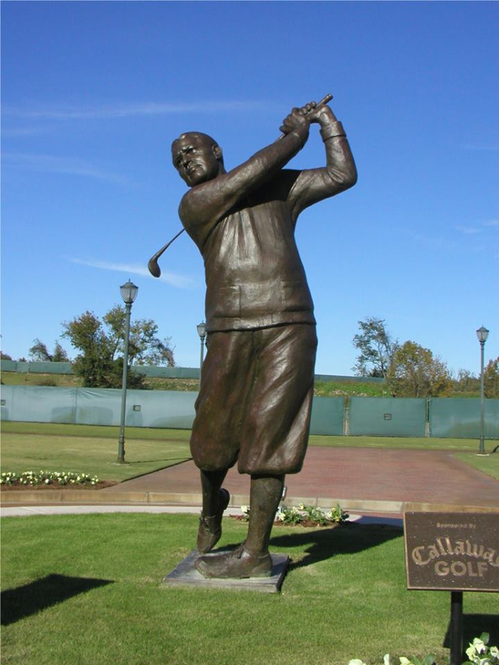 Bob Jones, sports sculpture