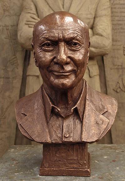 Michael Kahn, portrait bust