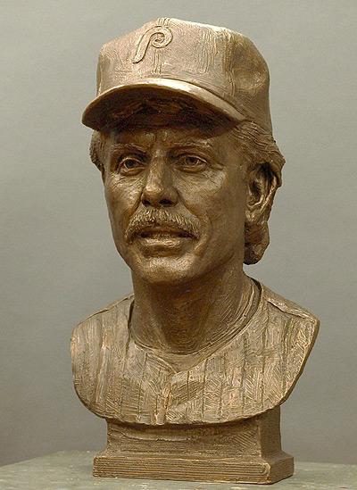 Mike Schmidt, portrait bust