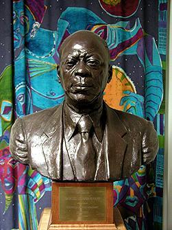 Samuel L. Evans, portrait bust