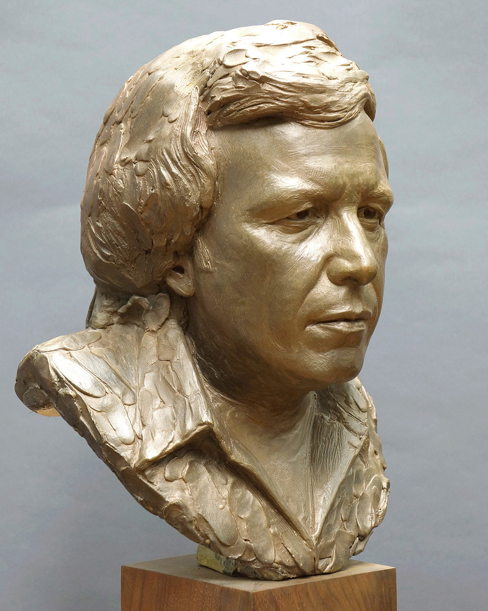 Completed bronze portrait sculpture of Don McLean by Zenos Frudakis.