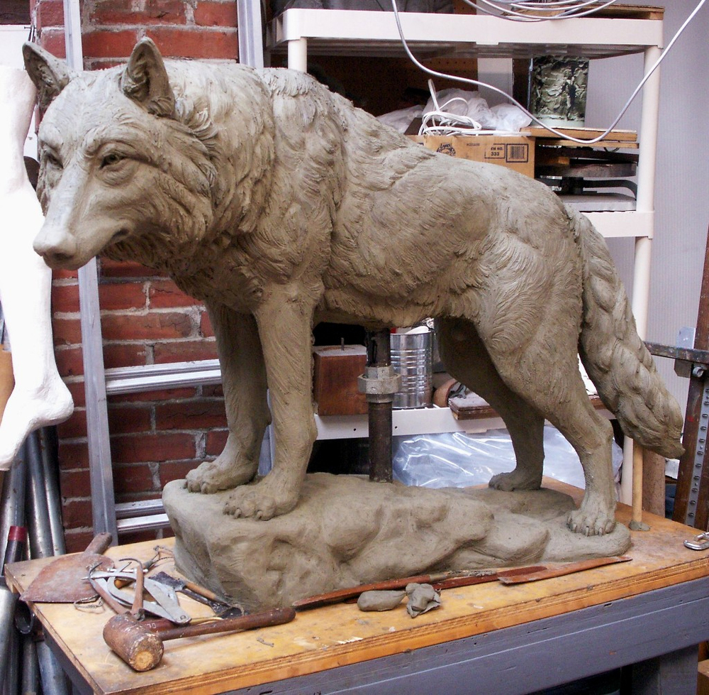 Standing Wolf, animal sculpture
