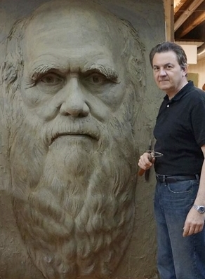 Charles Darwin, relief sculpture
