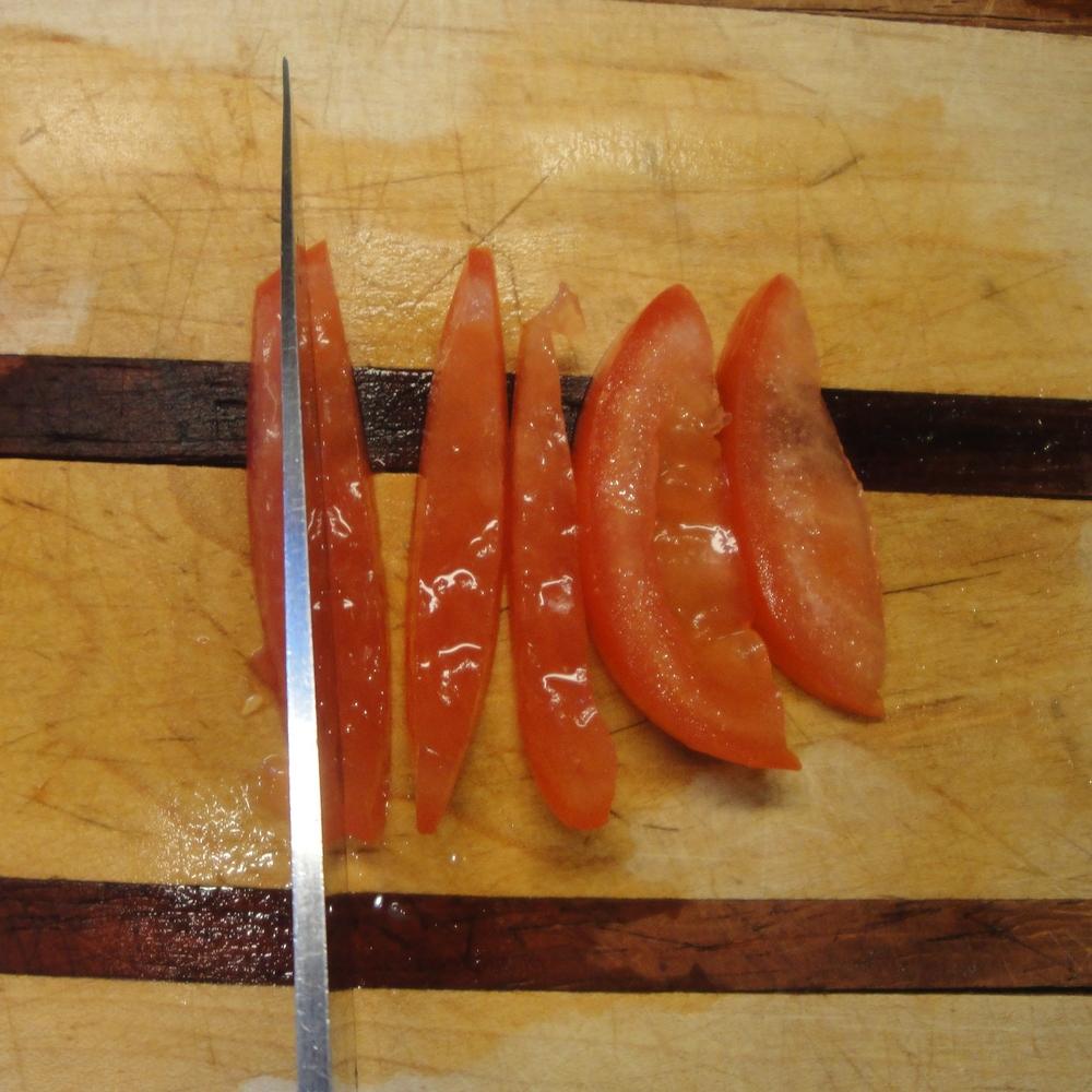 slice tomatoes 4