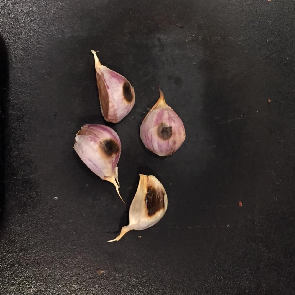 Skillet-roasting garlic