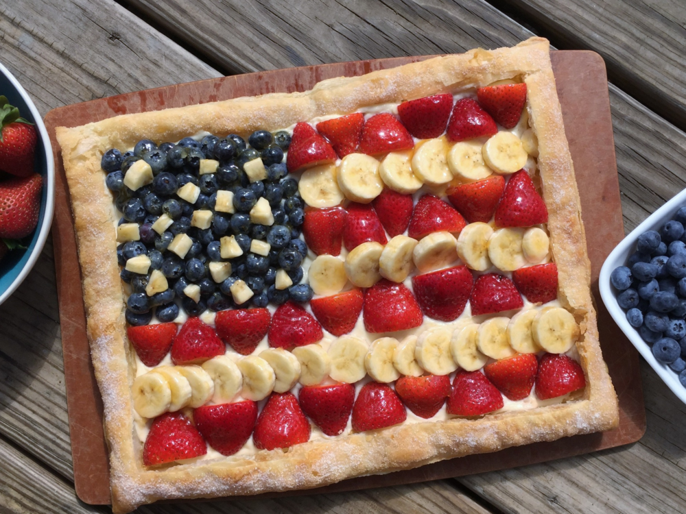You can use any combination of berries, stone fruits, kiwi, bananas, etc. in any design you like. Our American flag design is perfect for a 4th of July celebration.