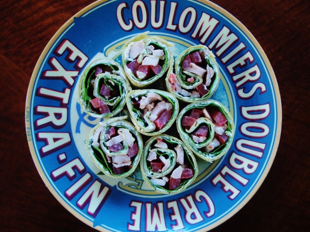 French Pinwheels plate.JPG