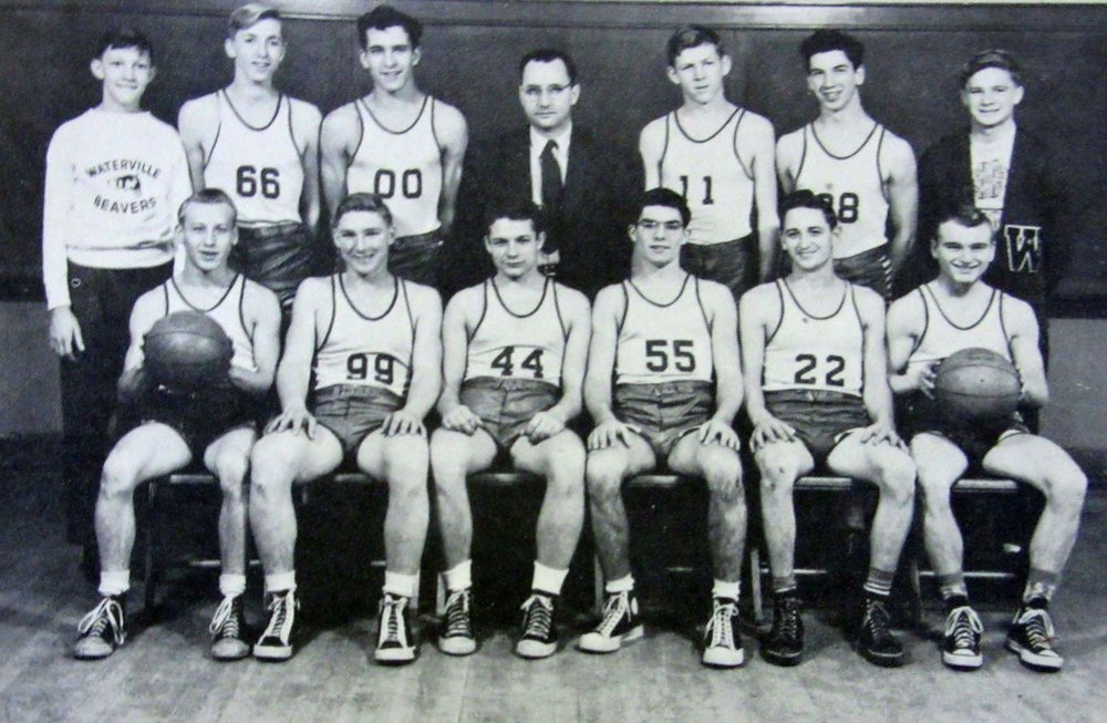 Basketball team 1950 cropped.jpg