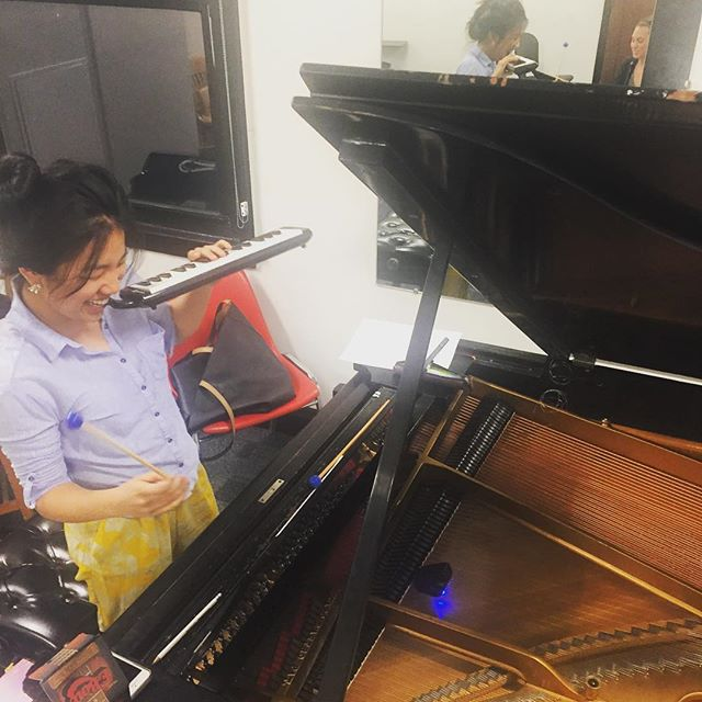 Rehearsing the music of @sergioacote for sTem's upcoming residency at @cornelluniversity! We can't wait to get up to Ithaca!@silviecheng . . . . #piano #clarinet #voice #ebow #performance #newmusic #worldpremiere #livemusic #bassclarinet #composer #timbre #melodica