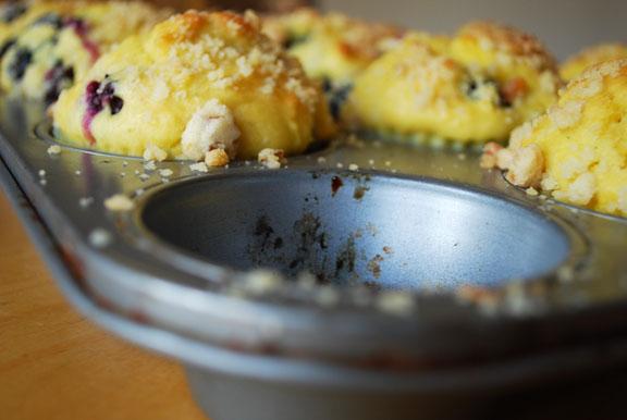 e.blueberrymuffins3.jpg