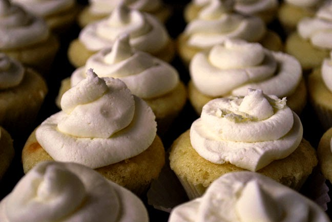 a.+nutella+filled+cupcake+7.jpg