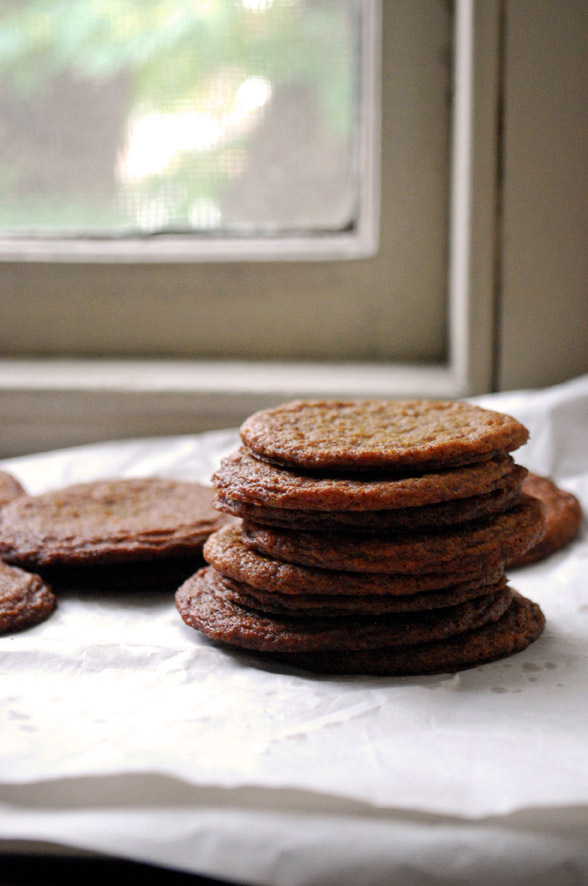Gingersnaps | Pass the Cocoa