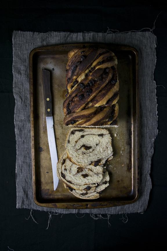 cinnamon raisin bread 1.jpg