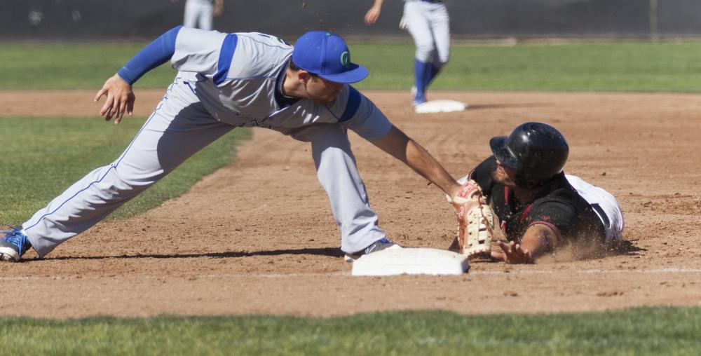 Djauhari_Pierce_v_Oxnard_Baseball_0005.jpg