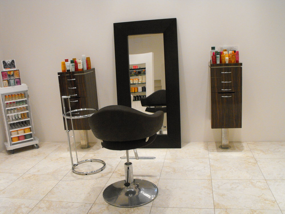Greenwich salon GS04.JPG