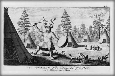 Reindeer-Shaman.Tungus shaman. Engraving from Witsen's Noord en Oost Tartarye, 1785..jpg
