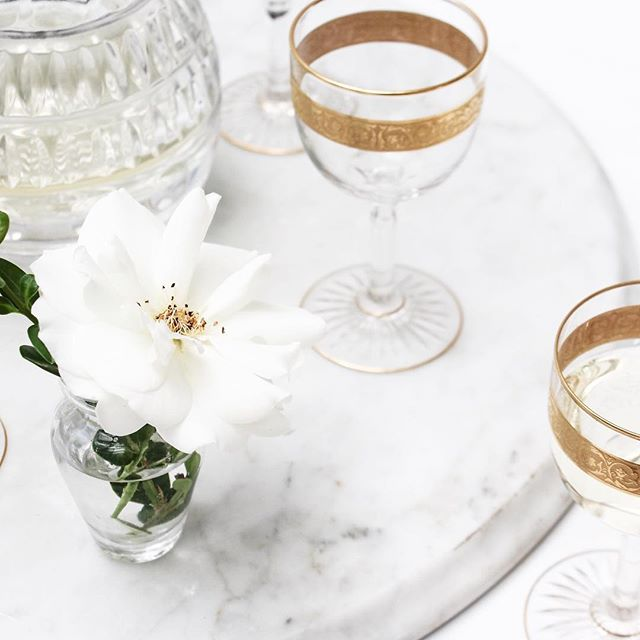 It's totally acceptable to bust out a pretty glass for your water and place a pretty flower on your desk, right? Right. #monday
