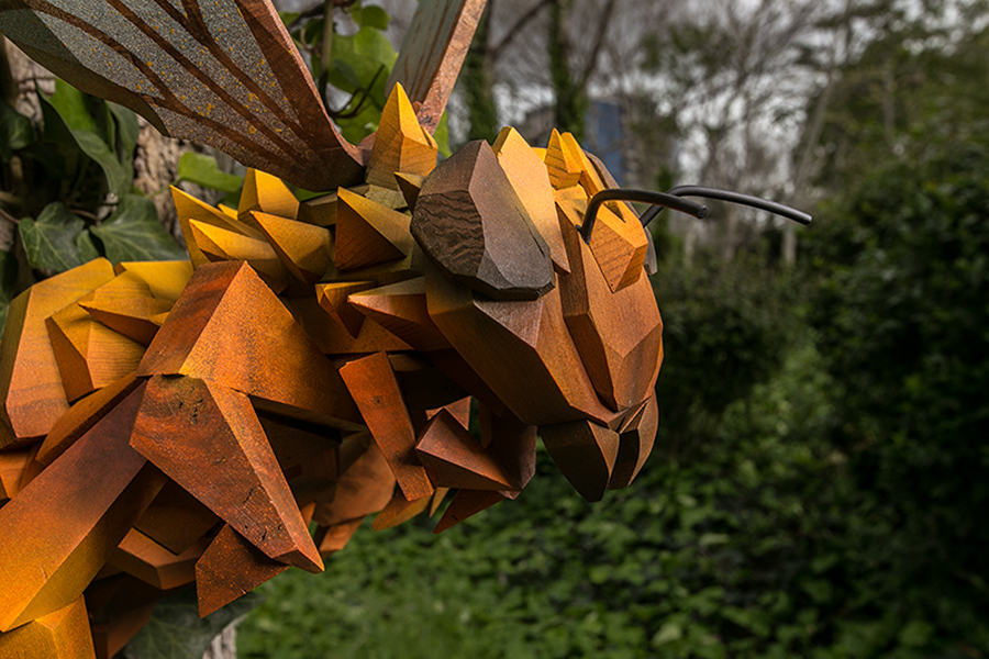 abel-gonzalez_honey_bee_sculpture_detail_san_jose_1.jpg