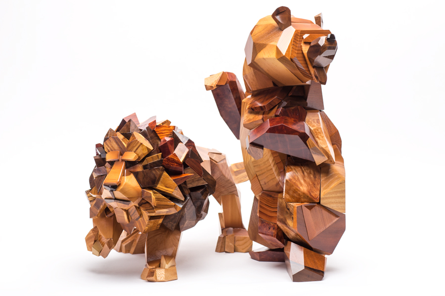 Lion-Heart_Bear_Abel_Gonzalez_comission_sculpture.jpg