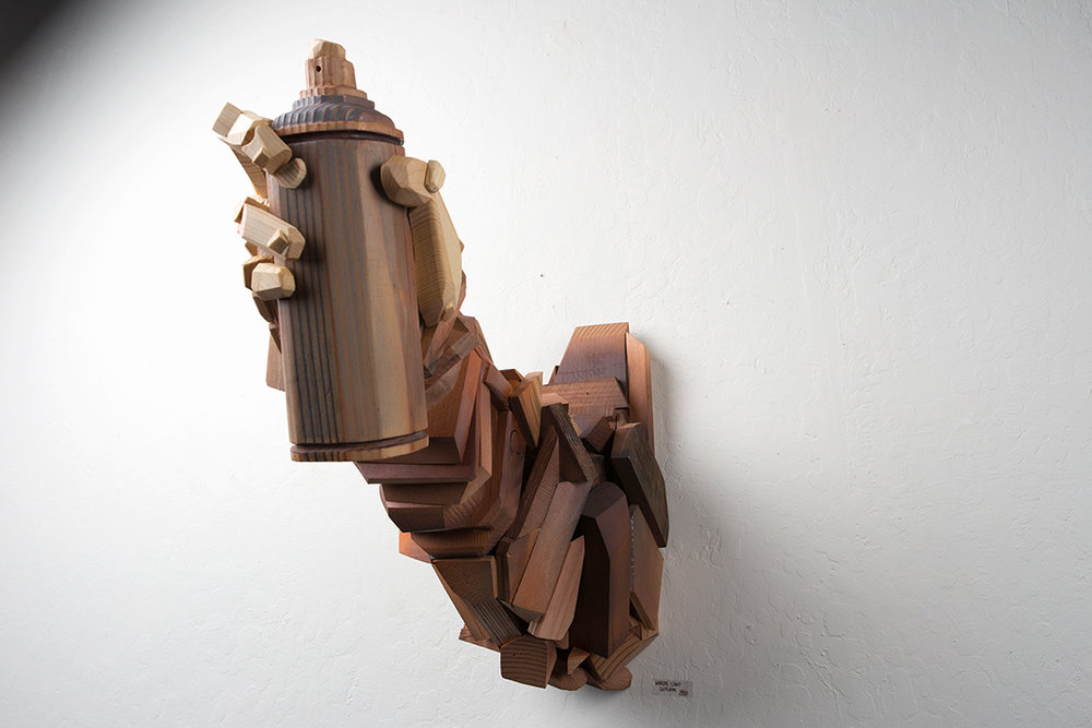 Spray_Can_arm_left_Abel_Gonzalez_sculpture.jpg