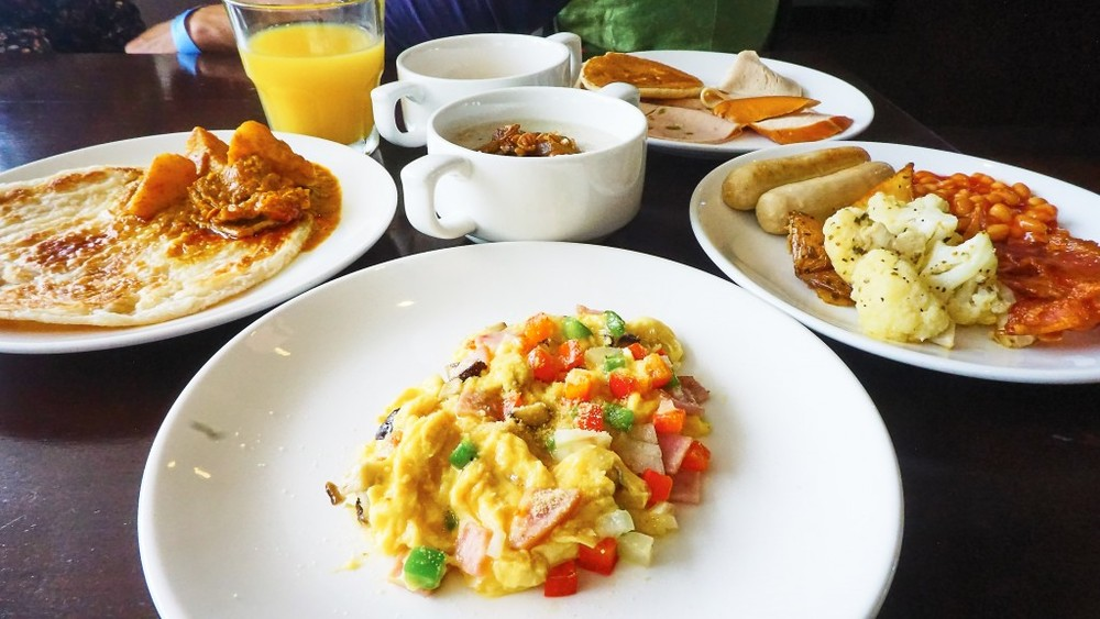 Familystaycation - SandBank, International Breakfast Buffet