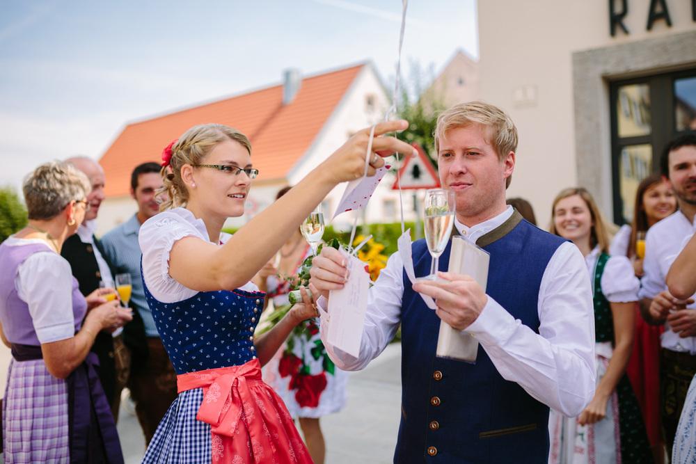 Hochzeit_Standesamt_Westermeier_Regensburg_Rohr_Fotografie_007.jpg