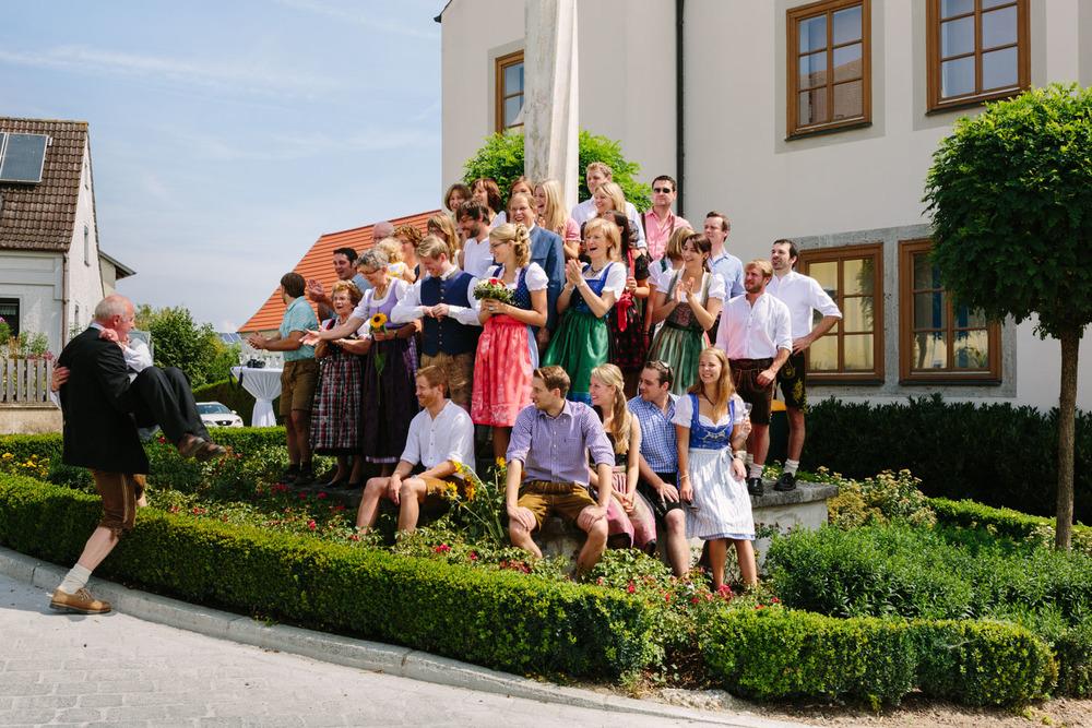Hochzeit_Westermeier_Standesamt_Regensburg_Rohr_Fotografie-03.jpg
