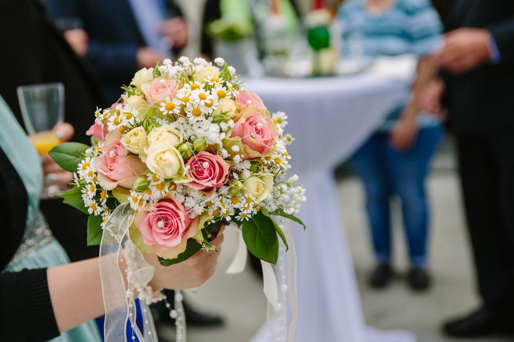 Hochzeit_Paar_Jechtl_Riedenburg_Rohr_Fotografie_010.jpg