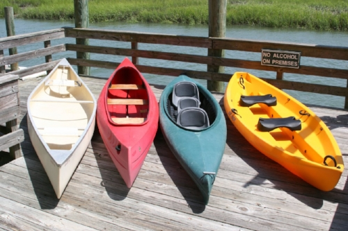 Image from: http://www.jarviscreekwatersports.com/rentals/canoe-rentals/