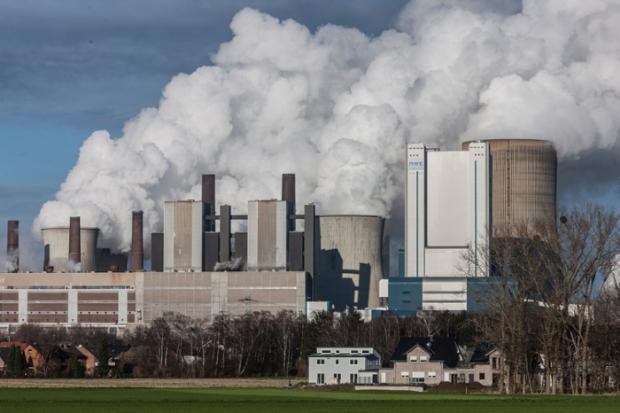 Braunkohlekraftwerk Niederaussem, Deutschland.NZZ: Bern Lauter