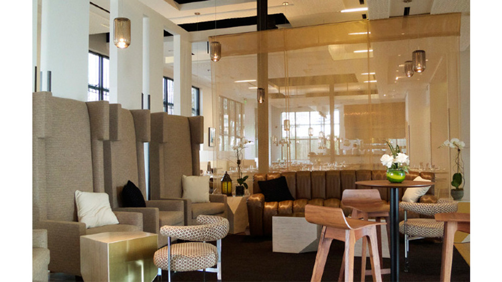 2 - Triniti Lounge.jpg