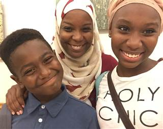 Kameelah Rashad and her two kids: photo:     Kameelah  Rashad