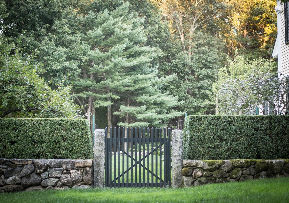 John de Lellis Gardens 63.jpg