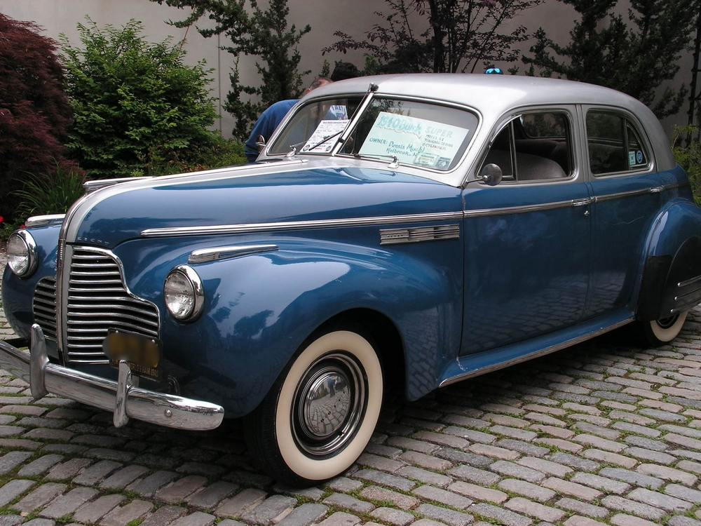 Dennis & Theresa Muehl: 1940 Super Touring Sedan
