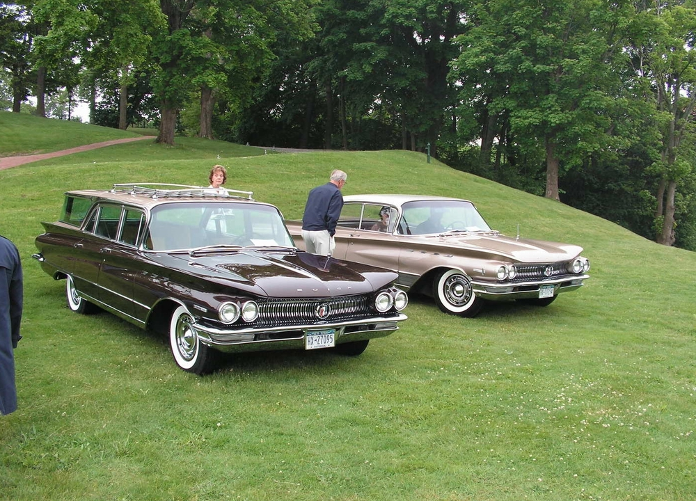 1960 Invicta Estate Wagon & 1960 Electra 225 Riviera Sedan