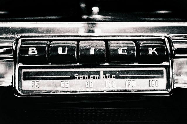 Buick Radio.jpg