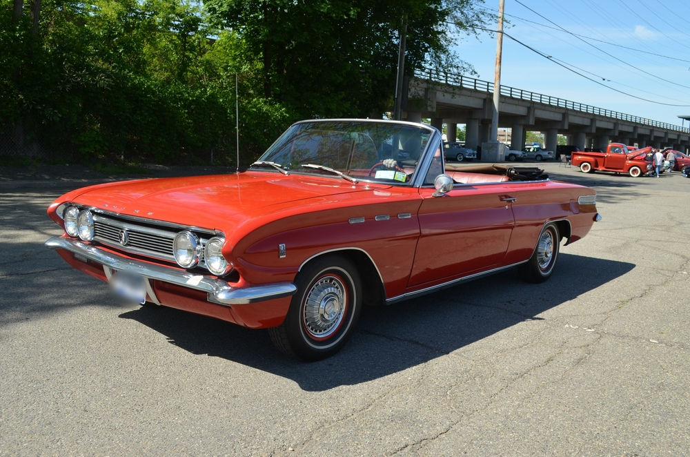 Rob & Julie Rotunno: 1962 Skylark Convertible