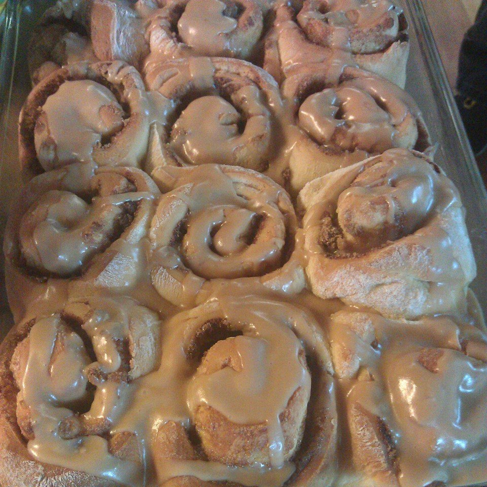 Our famous apple sauce cinnamon rolls are a must try experience in life. Put these on your bucket list friends and we only serve them harvest fest weekend (Oct 18th-19th)
