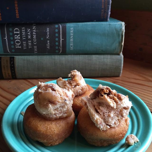 Announcing Pip's/Mt. View'sComice pear, vanillia, mascarponeDoughnut! (limited edition)