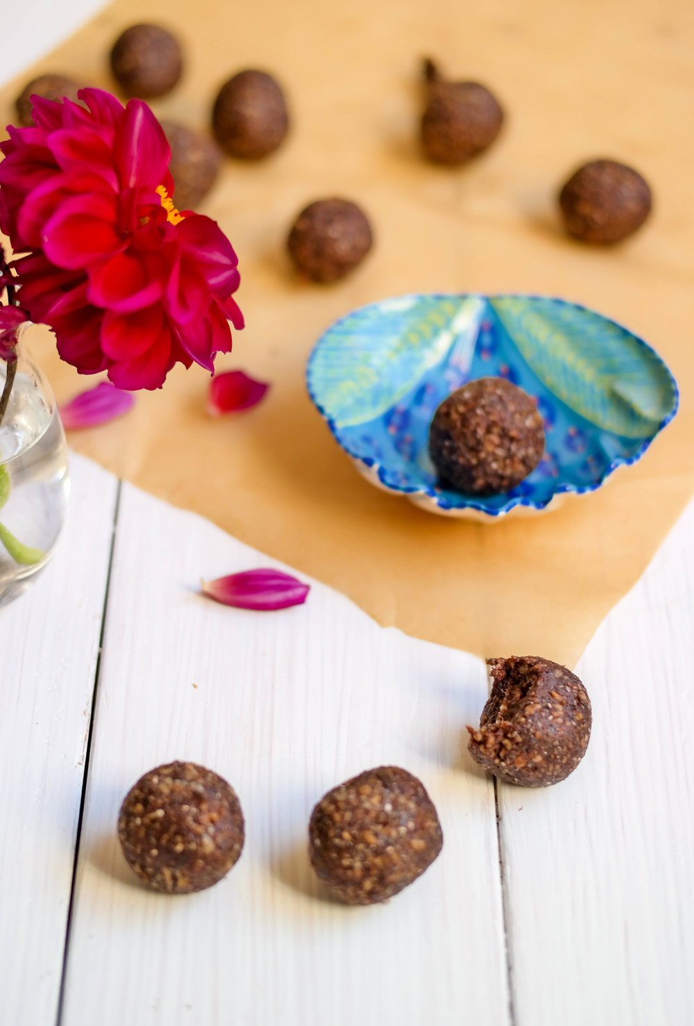 5-Nut-Free Cacao Energy Bites | www.8thandlake.com