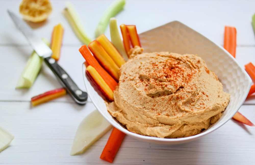 3-Delicious-Paprika-Hummus | www.8thandlake.com