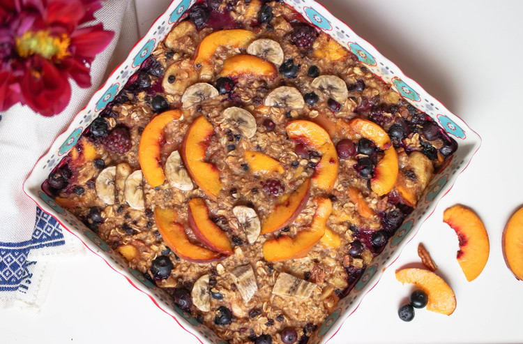 Baked Peach and Blueberry Oatmeal