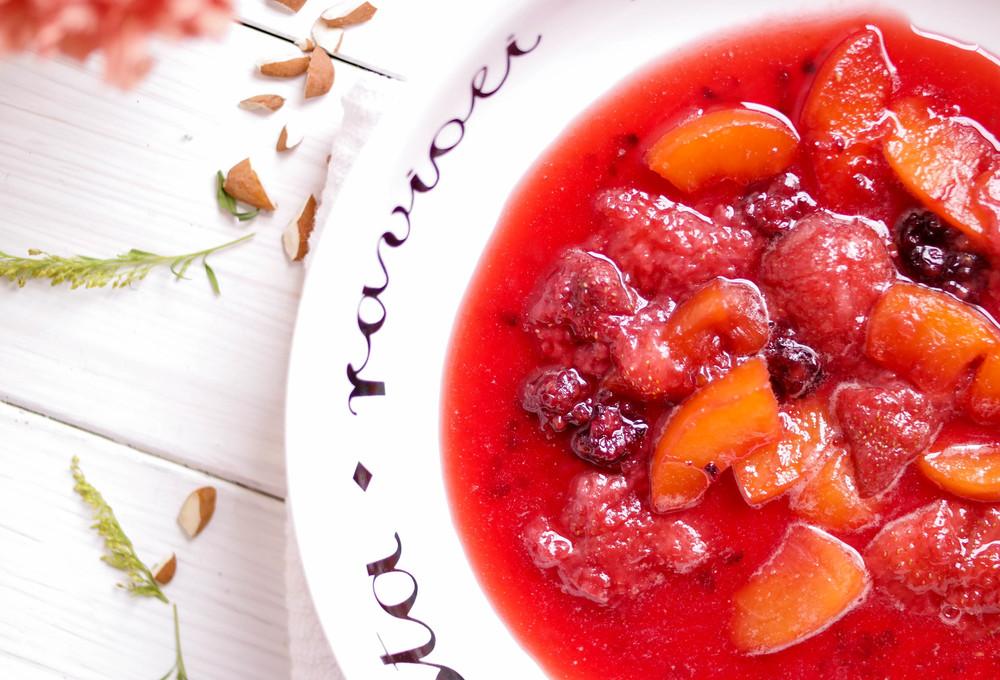 4-Granola-and-Fruit-Parfait | www.8thandlake.com