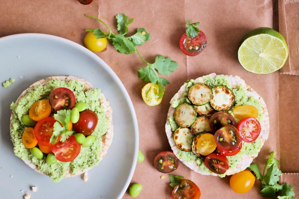 Edamame-guacamole-sans-avocado | www.8thandlake.com