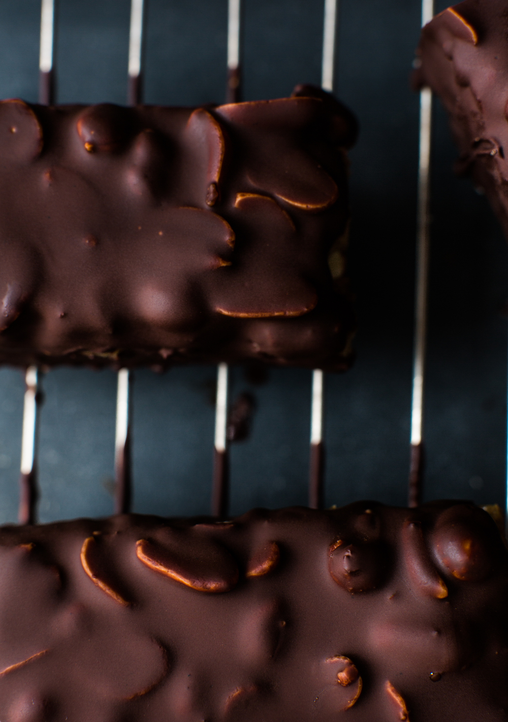 2-Raw-Snickers-in-Dark-Chocolate | www.8thandlake.com