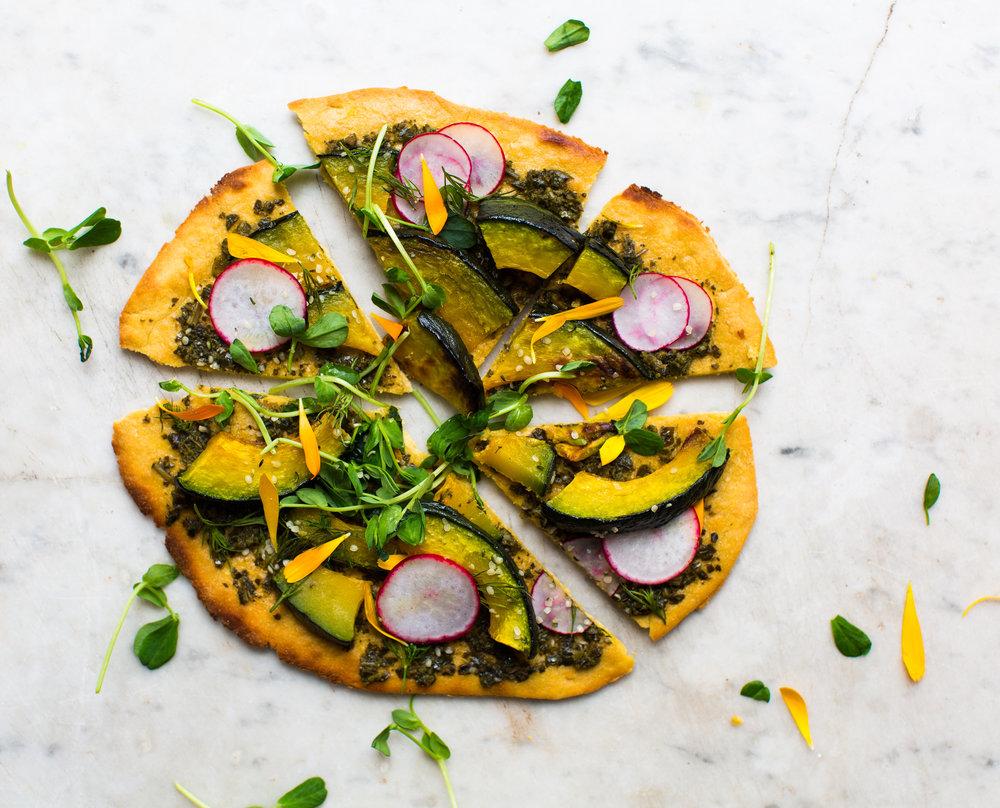 Spring-Pesto-Socca-Pizza | www.8thandlake.com